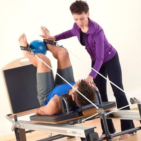 Занятия лечебной гимнастикой в центре E-motion